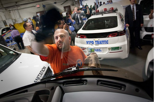 2011 Chevrolet Volt joins NYPD Fleet