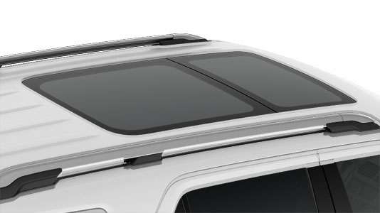 Ford Explorer dual-panel moonroof