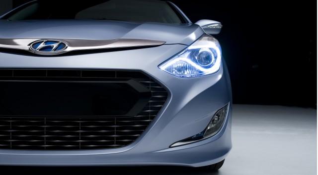 2011 Hyundai Sonata Hybrid teaser