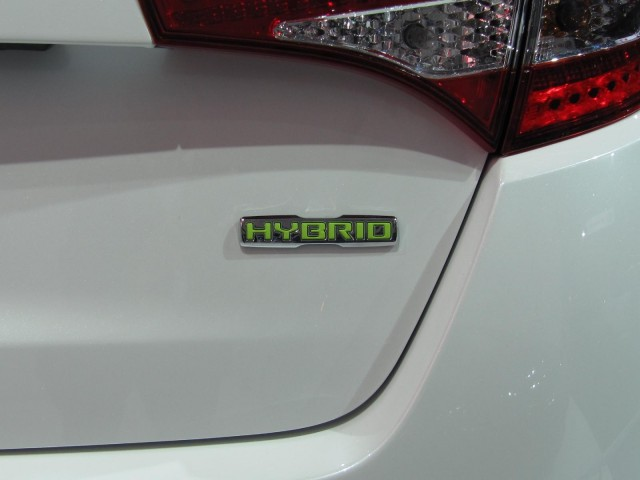 2011 Kia Optima Hybrid, at 2010 Los Angeles Auto Show