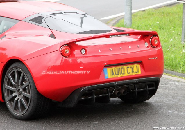 2011 Lotus Evora S spy shots