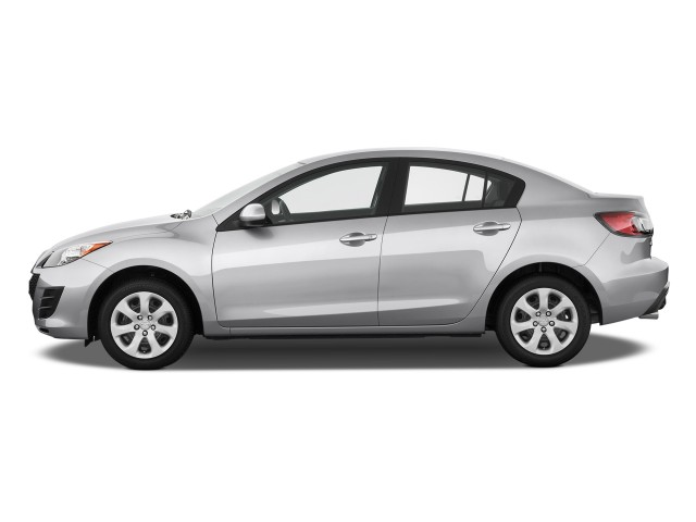 2011 Mazda MAZDA3 4-door Sedan Auto i Sport Side Exterior View