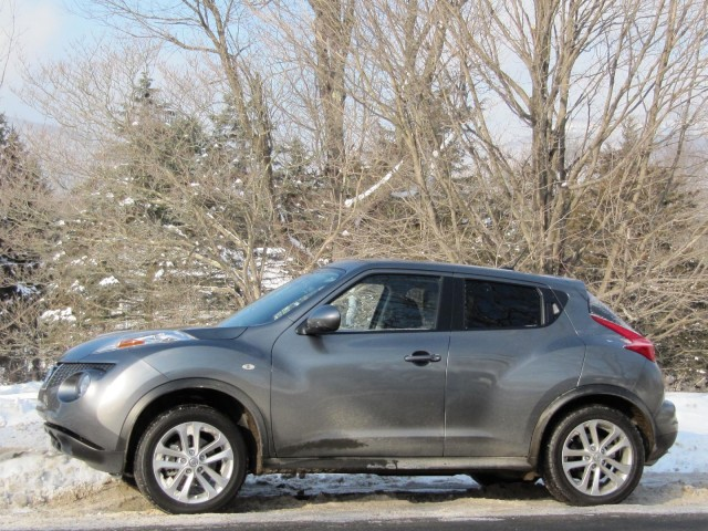 2011 Nissan Juke in New York's Catskill Mountains, January 2011