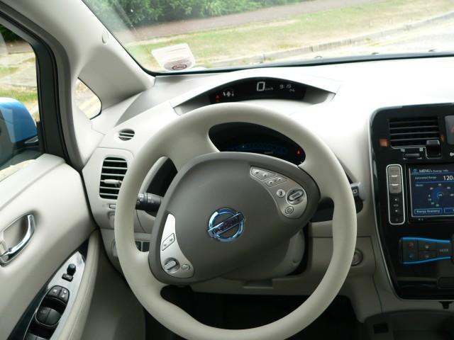 2011 Nissan Leaf Seat