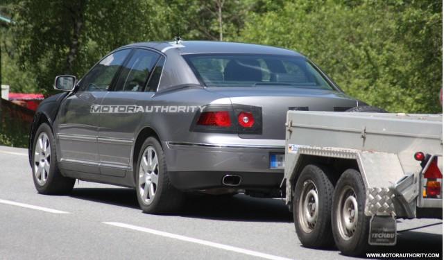 2011 volkswagen phaeton facelift spy shots june 006