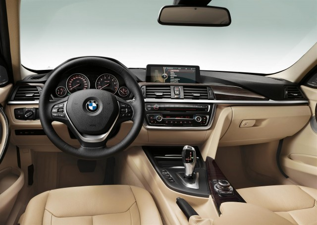 2012 BMW 3-Series Sedan Luxury Line interior
