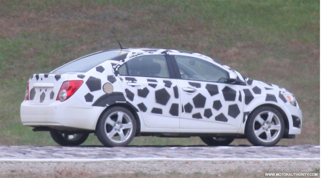 2012 Chevrolet Aveo Sedan spy shots