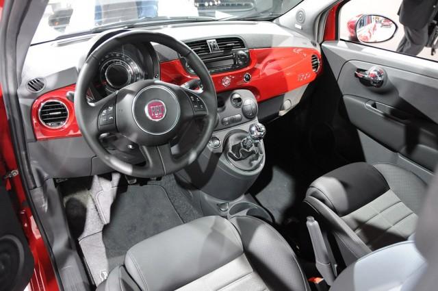 2012 Fiat 500 live photos