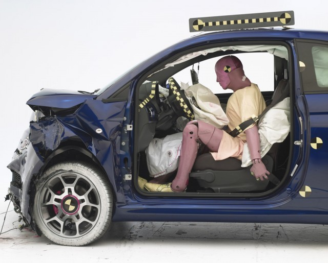 2012 Fiat 500 IIHS crash testing