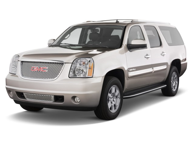 2012 GMC Yukon XL 2WD 4-door 1500 Denali Angular Front Exterior View