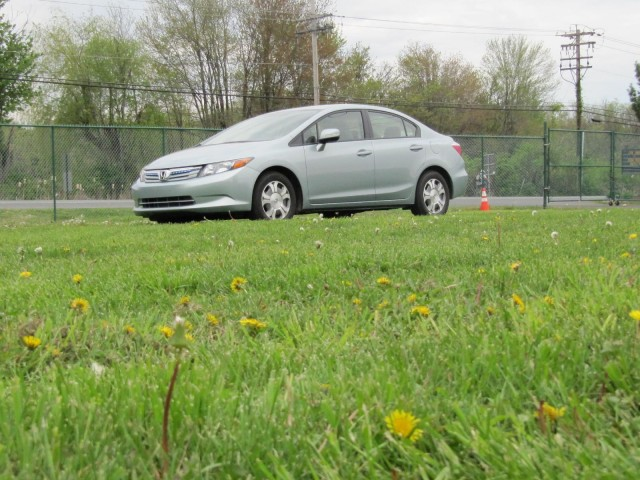 2012 Honda Civic Hybrid, road test, Spring 2011