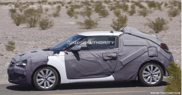 2012 Hyundai Veloster spy shots