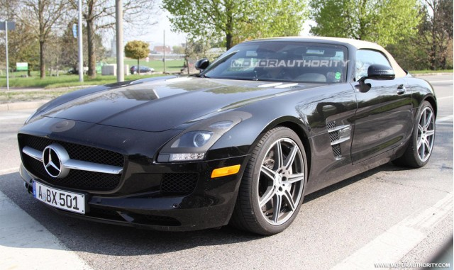 2012 Mercedes-Benz SLS AMG Roadster spy shots