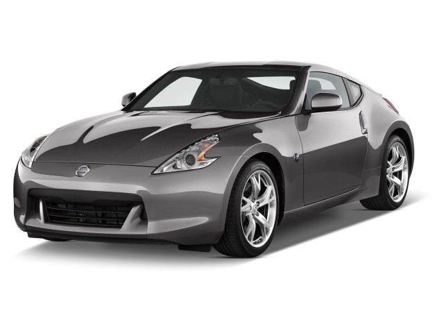 2012 Nissan 370Z 2-door Coupe Auto Angular Front Exterior View