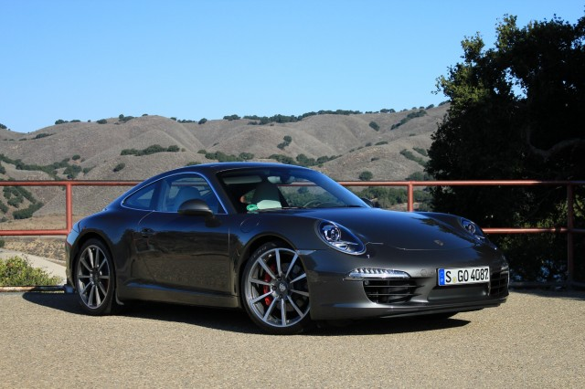 porsches new 911 claims 2012 world performance car honors