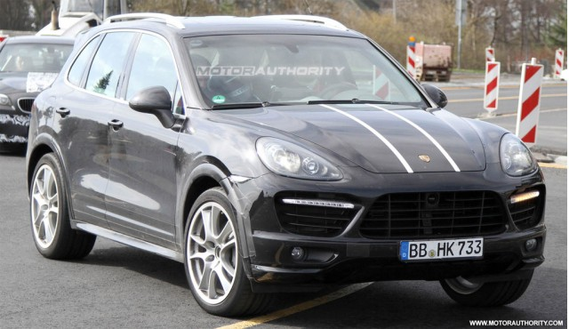 2012 Porsche Cayenne Turbo S spy shots