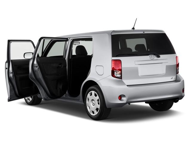2012 Scion xB 5dr Wagon Auto (Natl) Open Doors