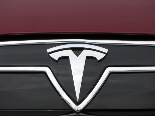 Next-Generation Tesla Electric Car Won't Be 'Model E ...