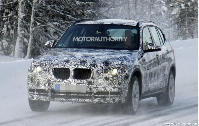 2013 BMW X1 facelift spy shots