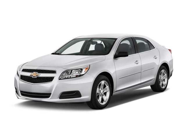 2013 Chevrolet Malibu 4-door Sedan LS w/1LS Angular Front Exterior View