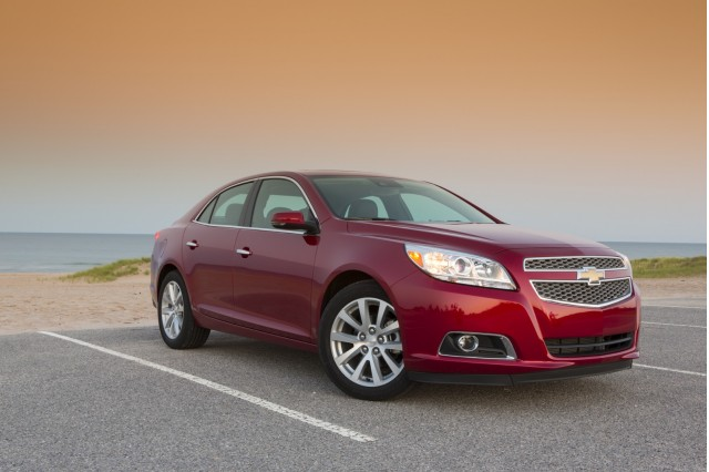 2013 chevrolet malibu gas mileage choices for mid size sedan. Black Bedroom Furniture Sets. Home Design Ideas