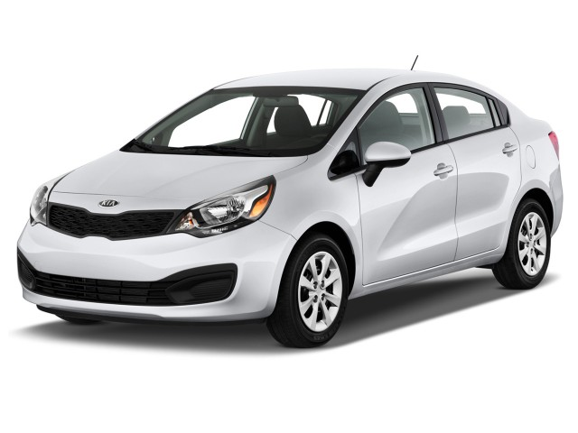 2013 Kia Rio 4-door Sedan Auto LX Angular Front Exterior View