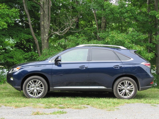 2013 Lexus RX 450h road test, Catskill Mountains, NY, July 2012