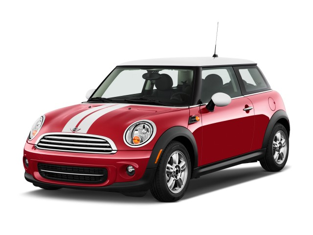 2013 MINI Cooper 2-door Coupe Angular Front Exterior View