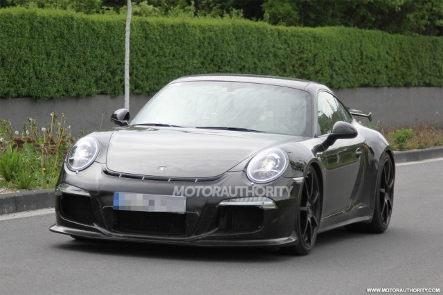 2014 Porsche 911 GT3 spy shots