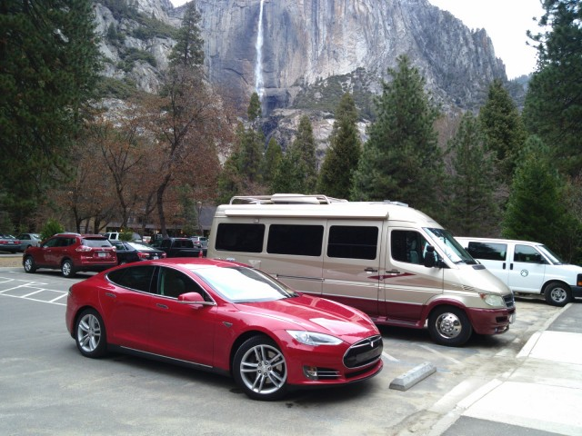 2013 Tesla Model S at Yosemite National Park, CA, Feb 2013 [photo: George Parrott]