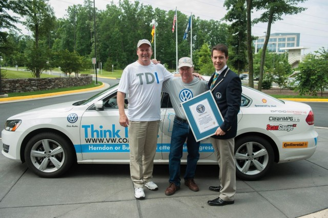 2013 Volkswagen Passat TDI achieves a Guinness record-breaking 78 MPG