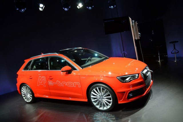 2014 audi a3 e tron plug in hybrid presentation berlin. Black Bedroom Furniture Sets. Home Design Ideas