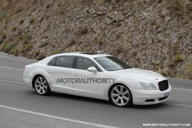 2014 Bentley Continental Flying Spur spy shots