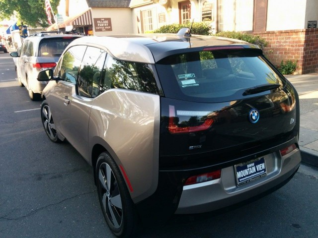 2014 BMW i3 cars in Los Altos, California, June 2014 [photo: Anton Wahlman]
