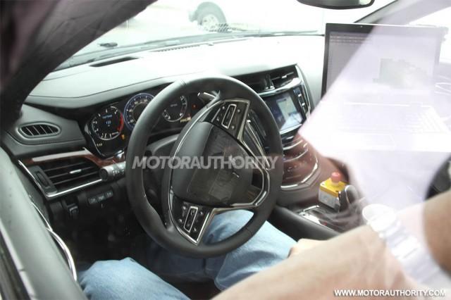 2014 Cadillac CTS spy shots