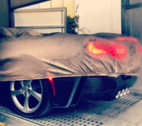 2014 Chevrolet Corvette Stingray Convertible sneak peek. Image via Carfanatics.