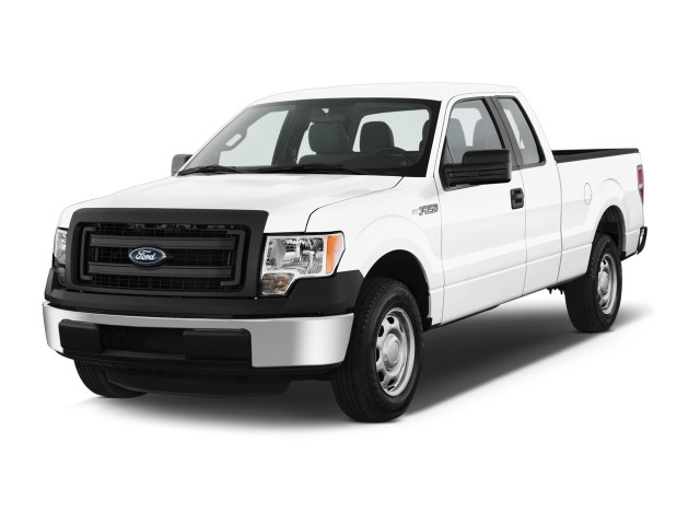 """2014 Ford F-150 2WD SuperCab 145"""" XL Angular Front Exterior View"""