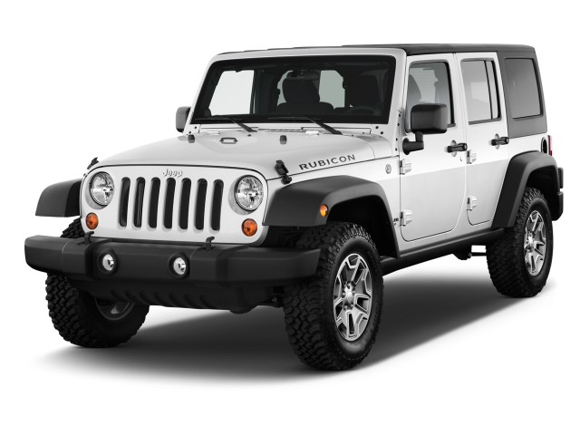 2014 Jeep Wrangler Unlimited 4WD 4-door Rubicon Angular Front Exterior View