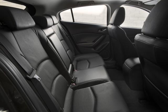 2014 Mazda 3 5-door s GT