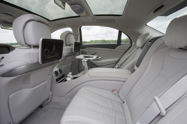 2014 Mercedes-Benz S-Class (S500)