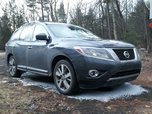 2014 Nissan Pathfinder Hybrid Platinum 4x4, upstate New York, Dec 2013