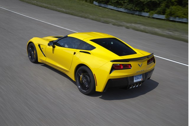 2015 chevrolet corvette 8 speed automatic first drive video. Black Bedroom Furniture Sets. Home Design Ideas