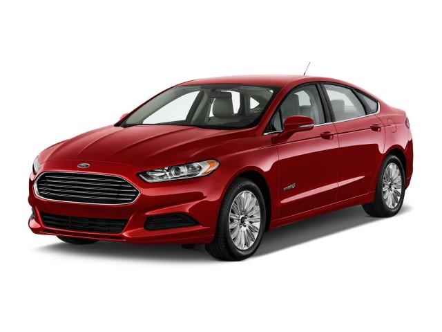 2015 Ford Fusion 4-door Sedan SE Hybrid FWD Angular Front Exterior View