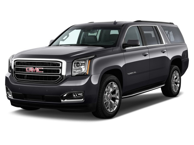 2015 GMC Yukon XL 2WD 4-door SLT Angular Front Exterior View