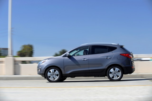 2015 hyundai tucson review ratings specs prices and photos the car connection. Black Bedroom Furniture Sets. Home Design Ideas