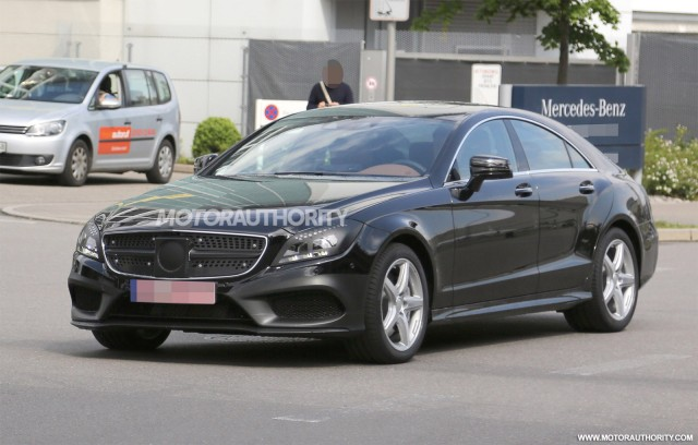 2015 Mercedes-Benz CLS-Class facelift spy shots