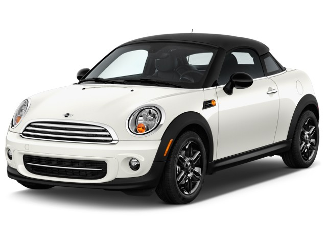 2015 MINI Cooper Coupe 2-door Angular Front Exterior View