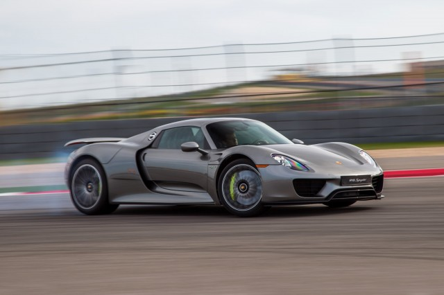 porsche says the 918 spyder can lap the nrburgring nordschleife in just 6 minutes 57 seconds though it requires a brave and skilled driver - Porsche 918 Spyder 2015