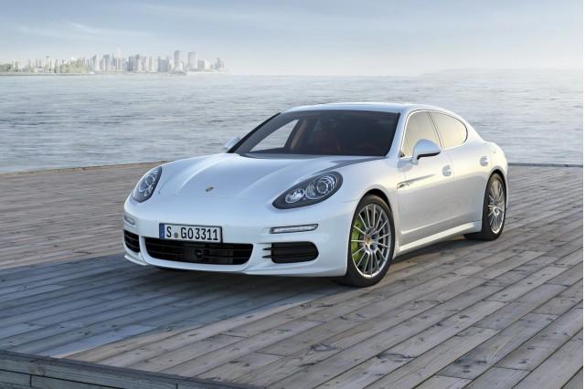2015 porsche panamera - Porsche 2015 4 Door