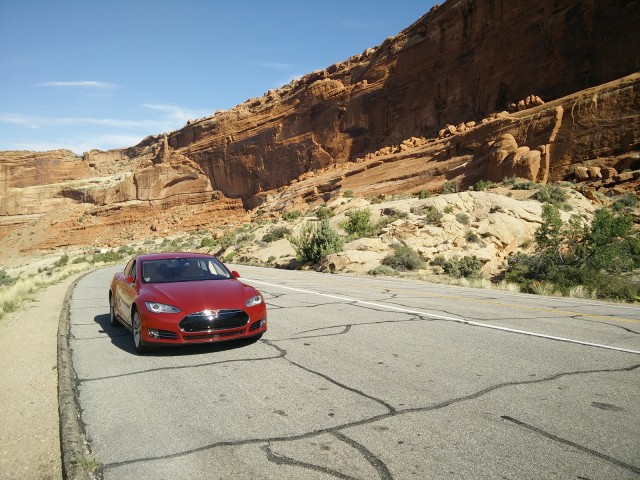 2015 Tesla Model S P85D, May 2015 [photo: George Parrott]